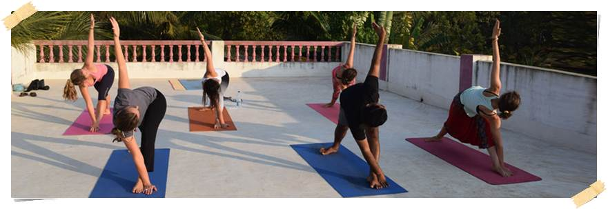 volontärresor-indien-yoga