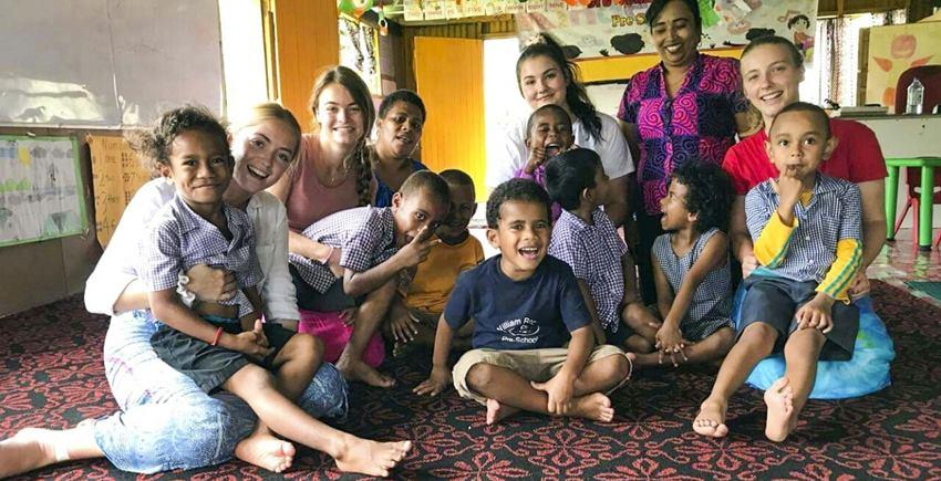 frivillig-arbeid-fiji-barn